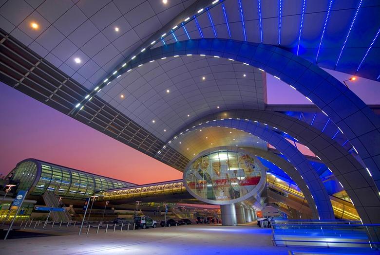 Arrivée à l'aéroport de Dubaï